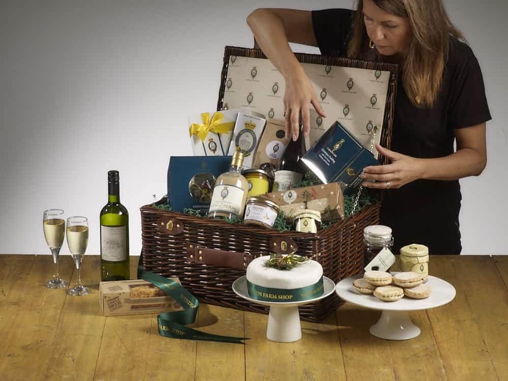 Windsor Farm Shop Hamper Assembly